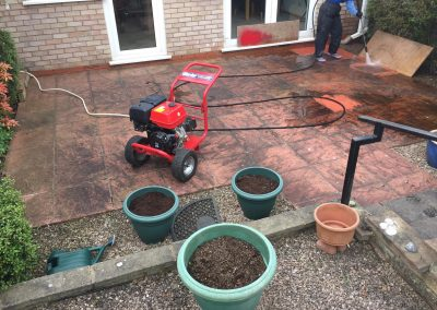 Cleaning Garden Patio Slabs